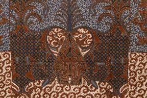 Batik tulis hem pattern motif krokot biru